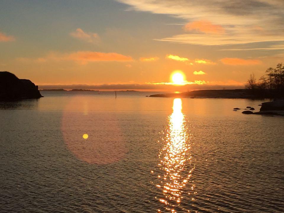 ilta-aurinko, Anu Pellas